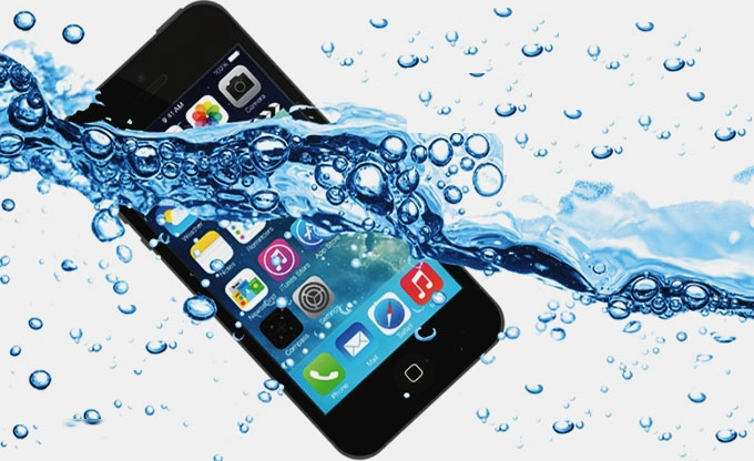 iPhone Water Damage Repair iPhone Technicians February 23, 2021